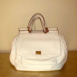 Dolce & Gabbana leather bag.